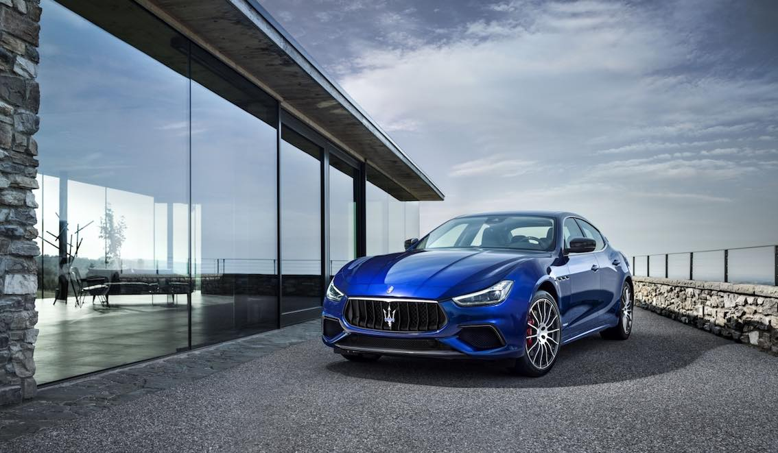 Maserati Ghibli 2018 Blau 1