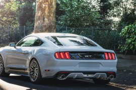 Ford Mustang 2016 GT 50 Years weiss