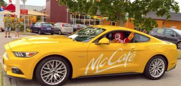 Ford Mustang McCafe gelb