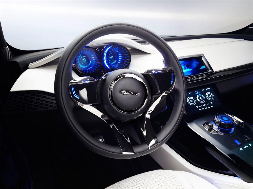 Jaguar SUV Innenausstattung