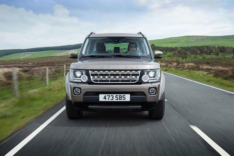 Land Rover 2015 grau vorne