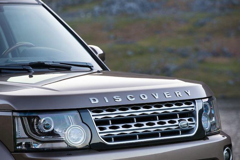 Land Rover Discovery 4 Modell 2015 vorne Kühlergrill