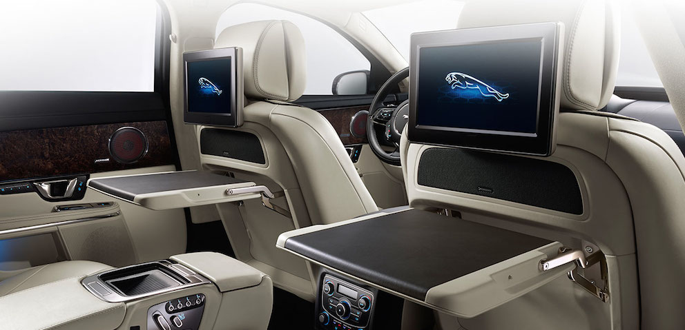 Jaguar XJ Sitzen hinten