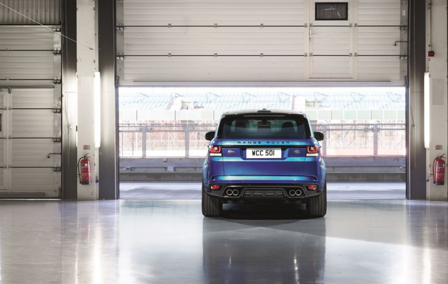 Range Rover Sport SVR hinten