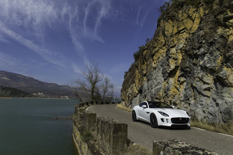 Jaguar F Type Coupe Polaris Weiss