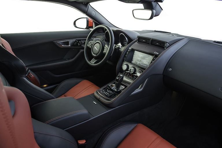 Jaguar F Type Coupe innen
