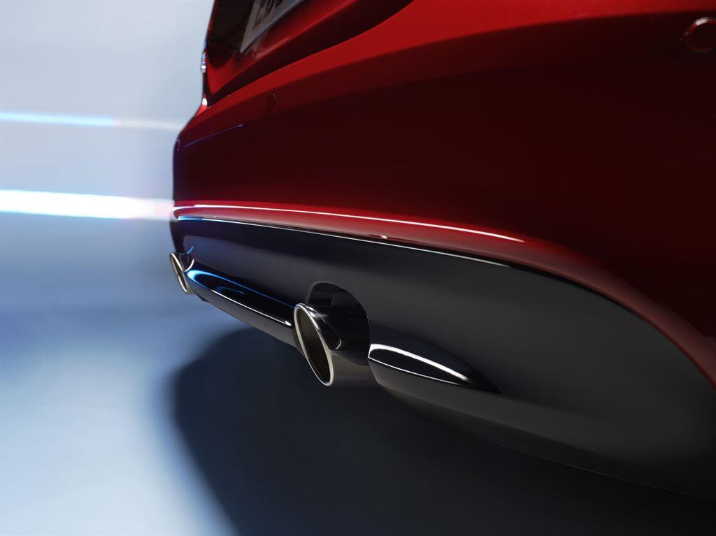 Jaguar XE Auspuff