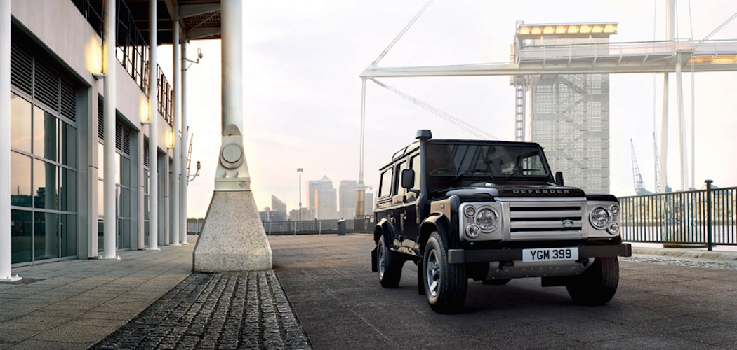 land rover defender gebrauchtwagen g nstig. Black Bedroom Furniture Sets. Home Design Ideas