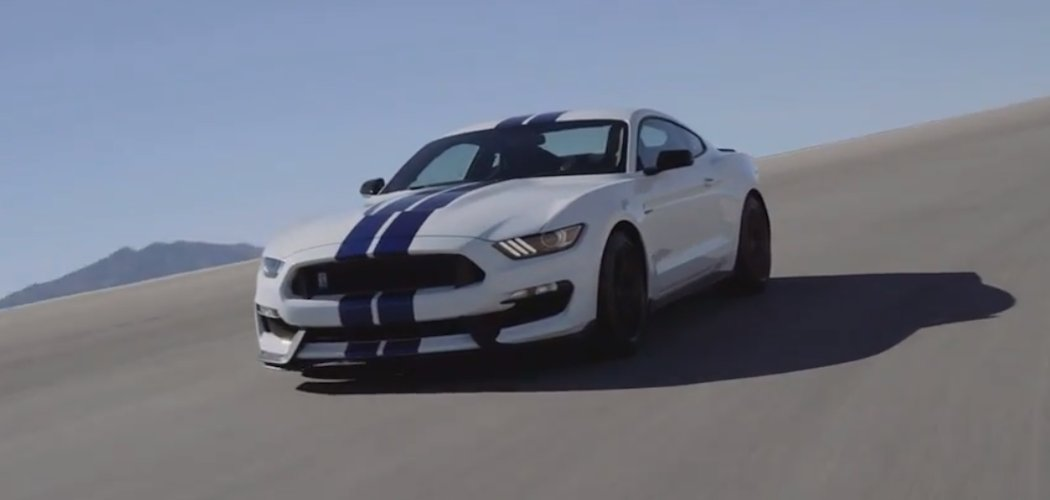 ford mustang gt350 shelby video uns infos zum kauf. Black Bedroom Furniture Sets. Home Design Ideas