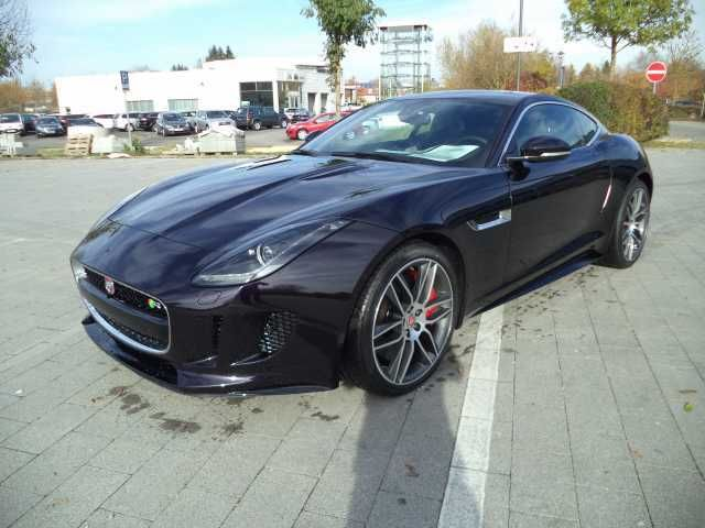 Jaguar F Type R schwarz