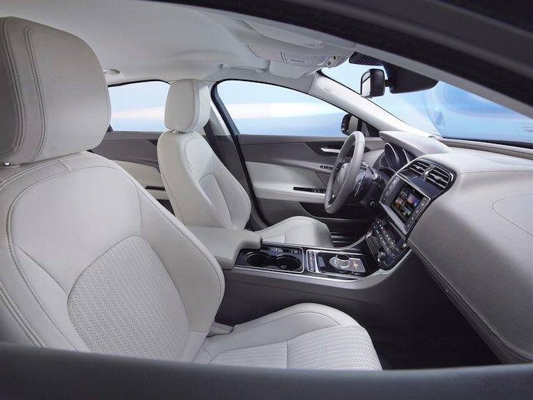 Jaguar XE Preis billig Leasing