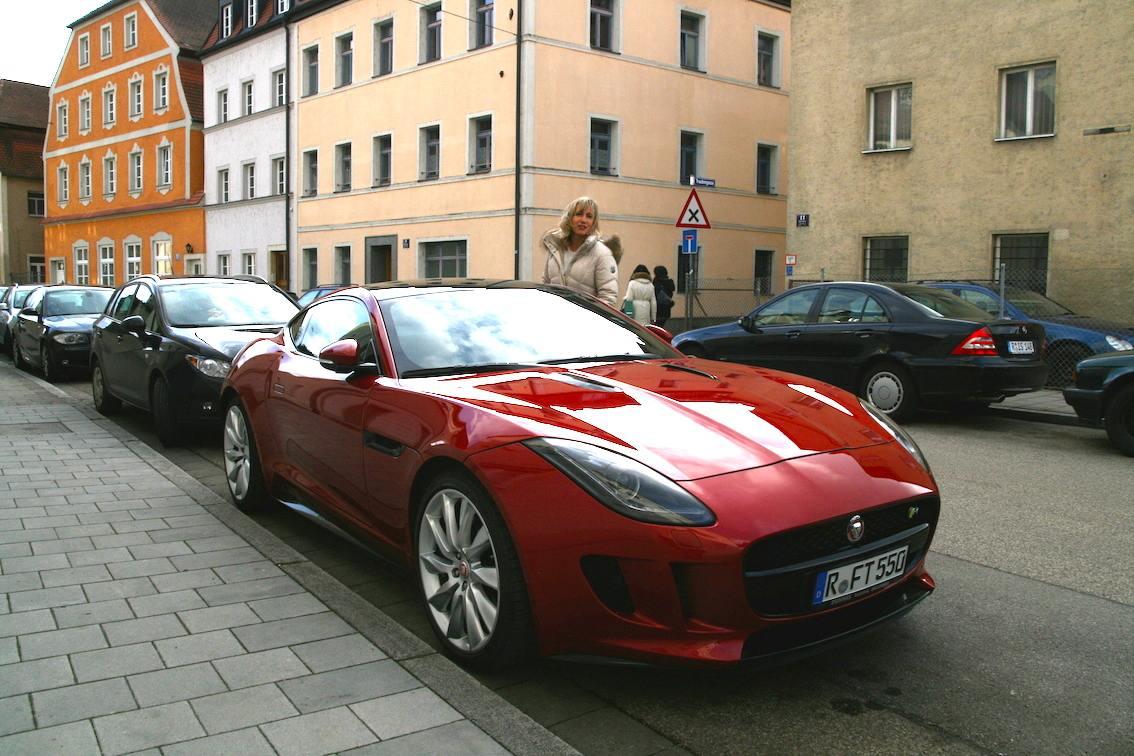 Niebauer Renate Regensburg Jaguar F Type R Probefahrt