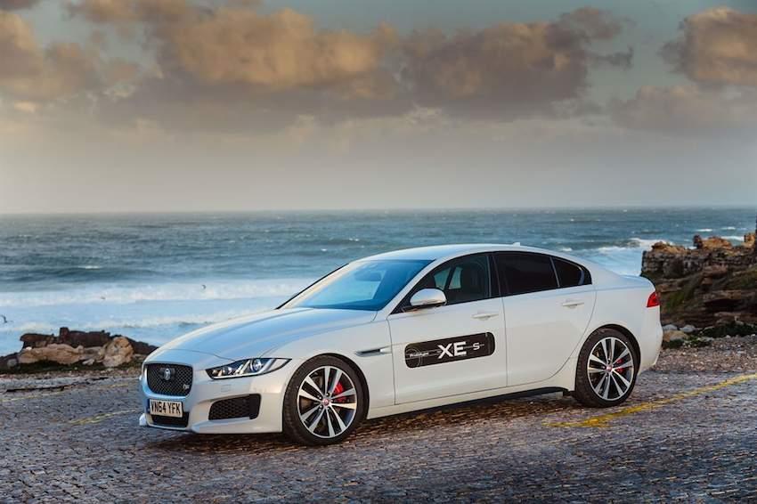 Der neue Jaguar XE S in weiss