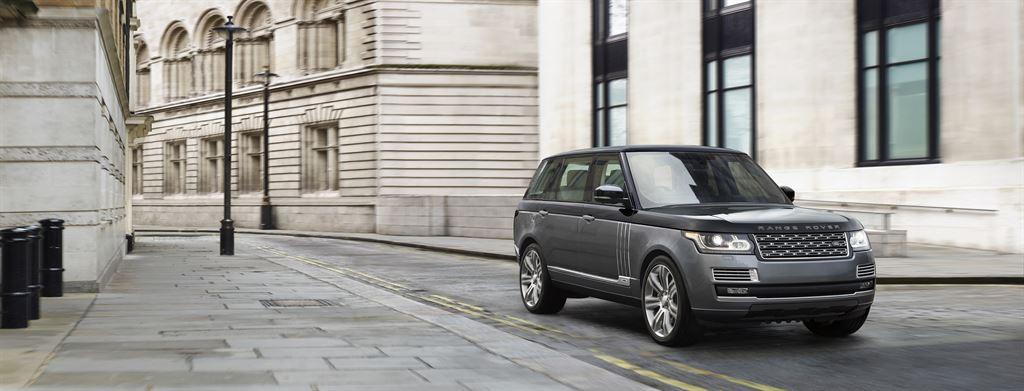2017 Land Rover Range Rover 5.0 L V8 Supercharged Autobiography >> Der neue Range Rover SVAutobiography Dynamic 2017 ...