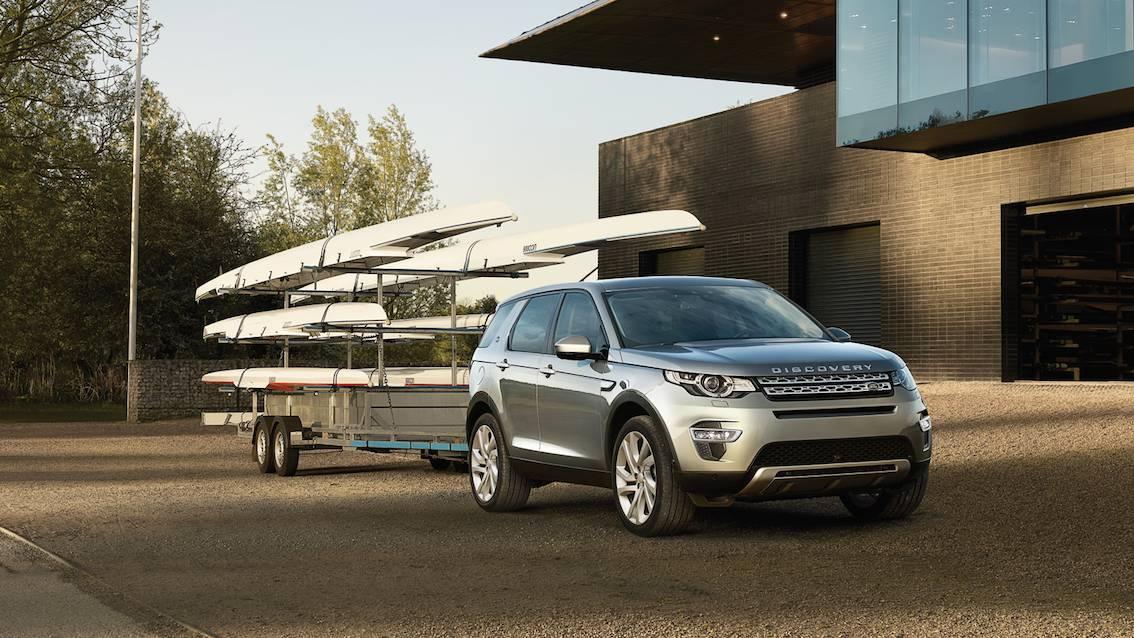 Range Rover Discovery Sport mit Anhänger