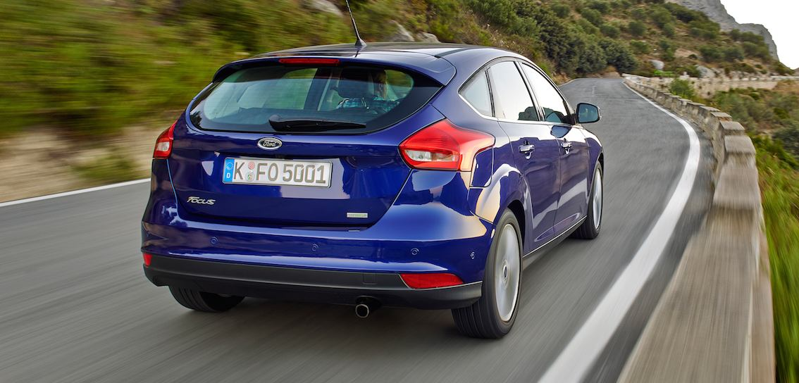 Ford Focus 2016 blau hinten