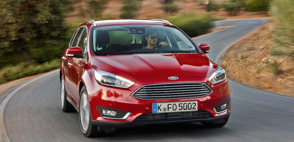 Ford Focus rot vorne 2016