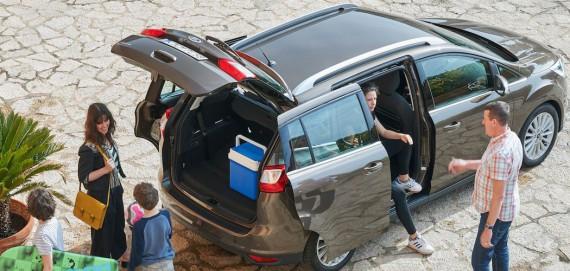 Ford Grand C-Max braun Regensburg