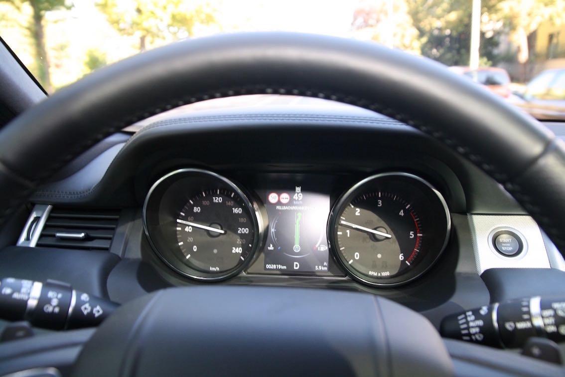 Jaguar XF 2016 Tachometer