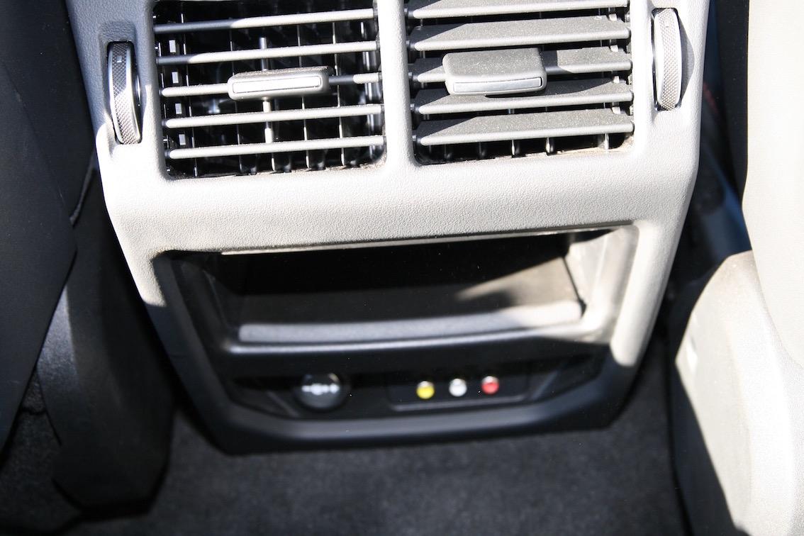 Range Rover Evoque 2016 Lüftung hinten
