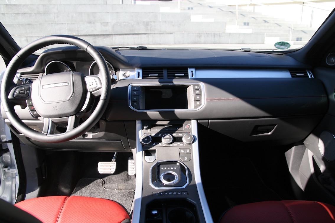 Range Rover Evoque 2016 weiss Armaturenbrett