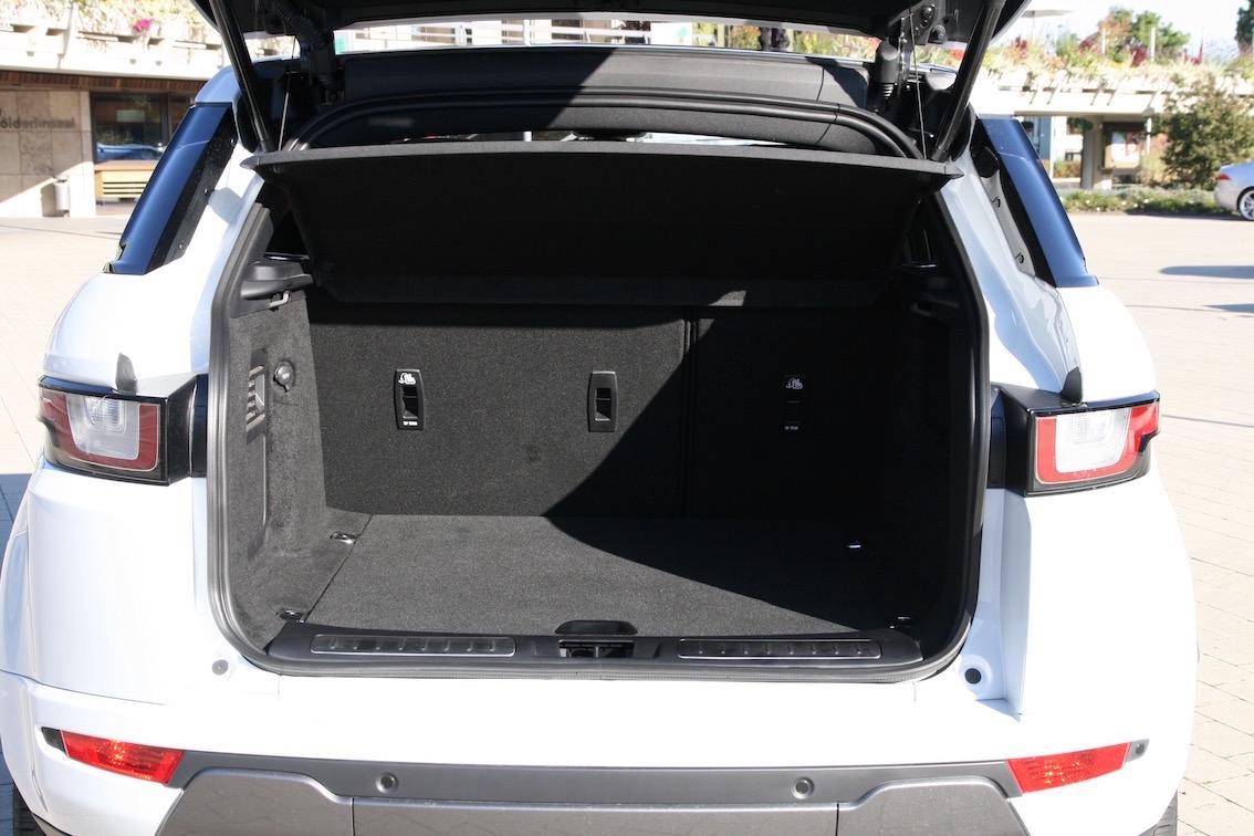 Range Rover Evoque 2016 weiss Kofferraum nicht umgeklappt