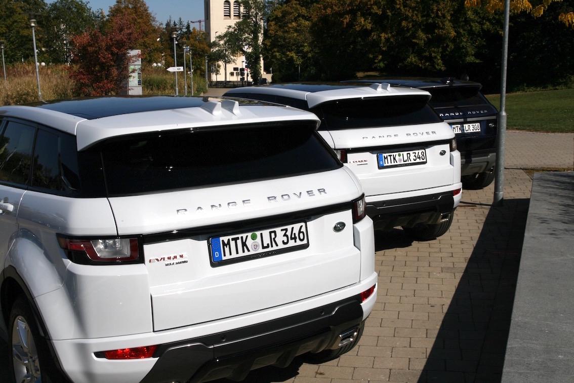 Range Rover Evoque 2016 weiss hinten mehrere
