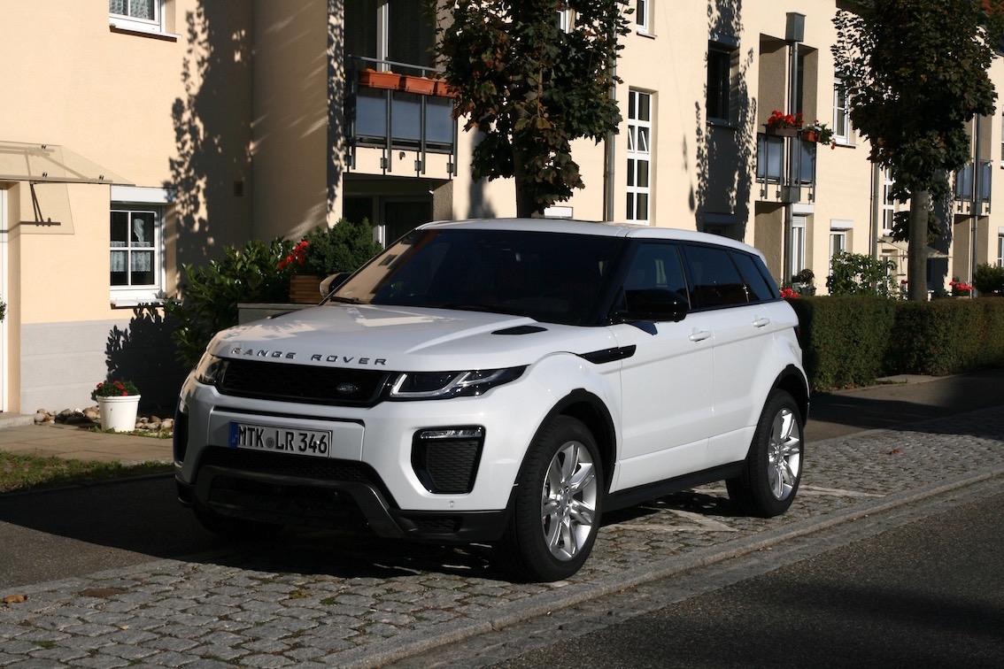 Range Rover Evoque 2016 weiss parkend