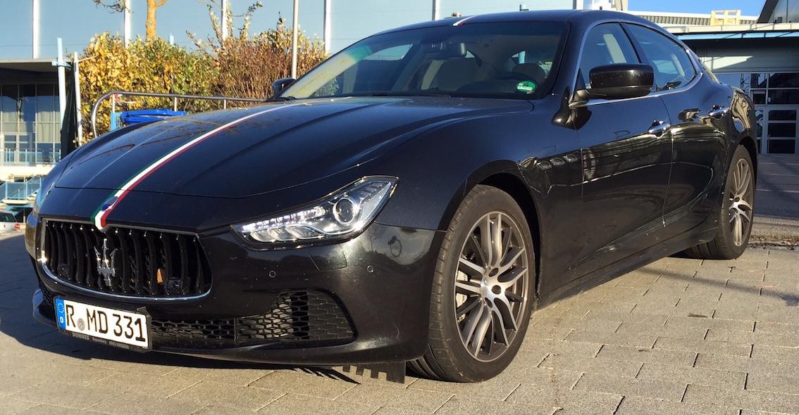 Maserati Ghibli Diesel Schwarz Vorführwagen