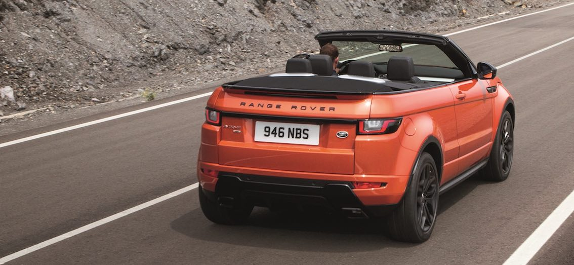 Range Rover Evoque Cabrio Straße orange