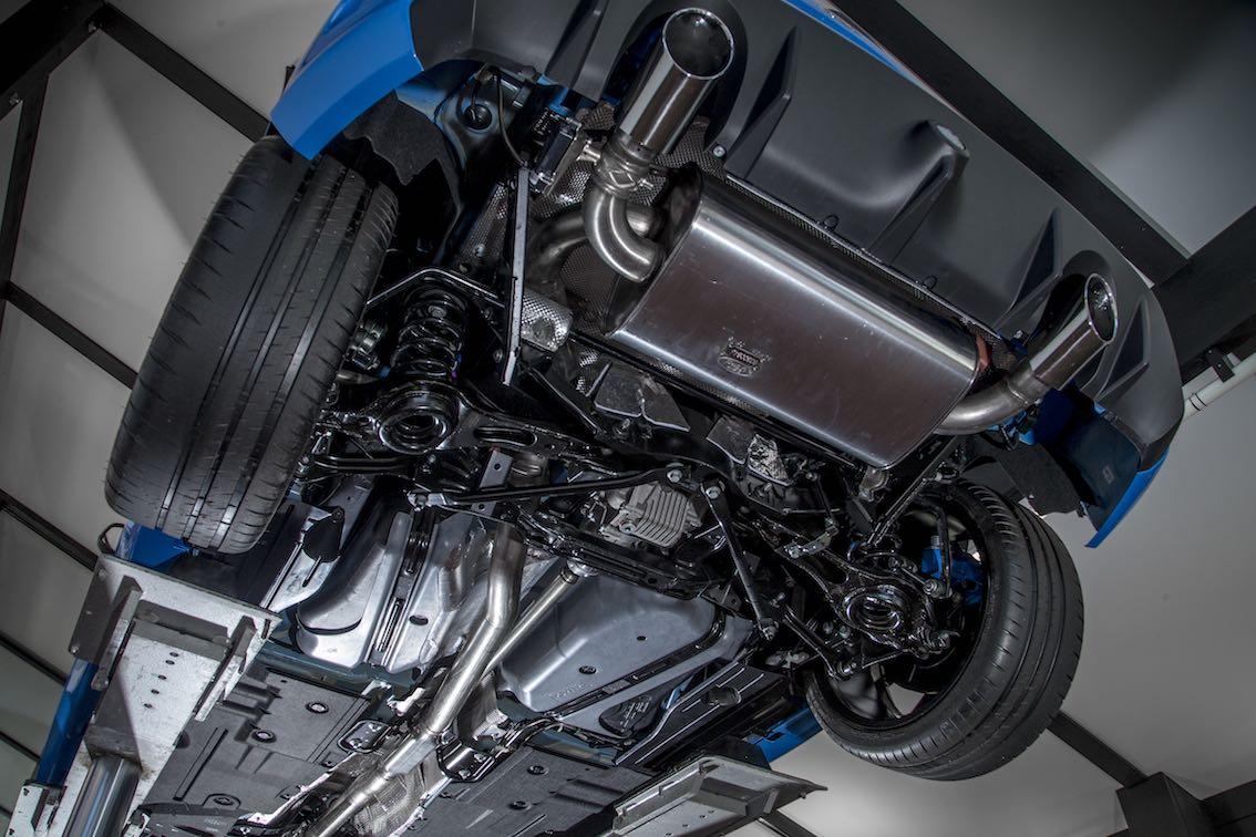 Ford Focus RS 2016 unten