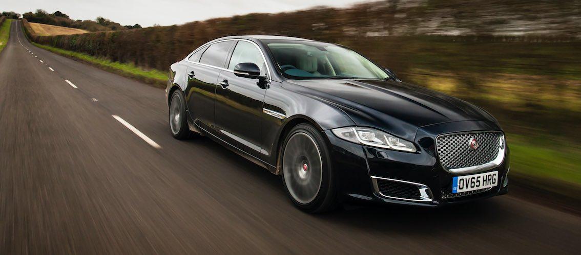 Jaguar XJ 2017 schwarz