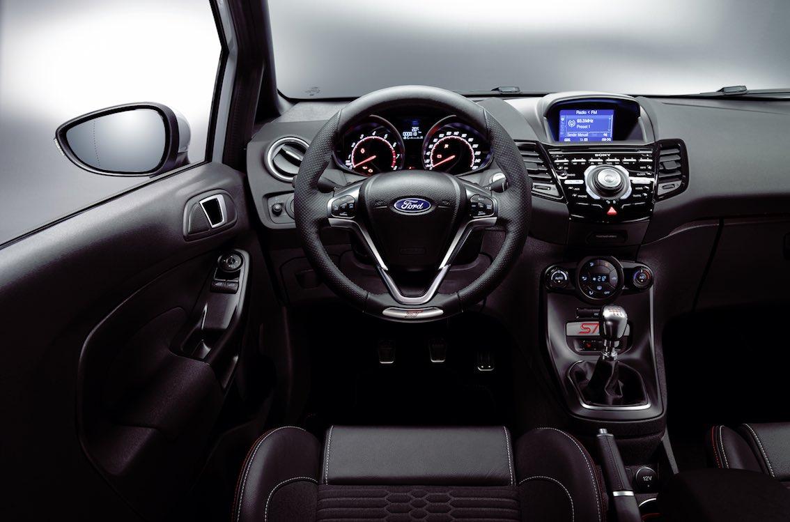 Ford Fiesta ST200 Cockpit