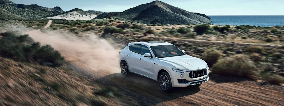 Maserati Levante Gelände weiß