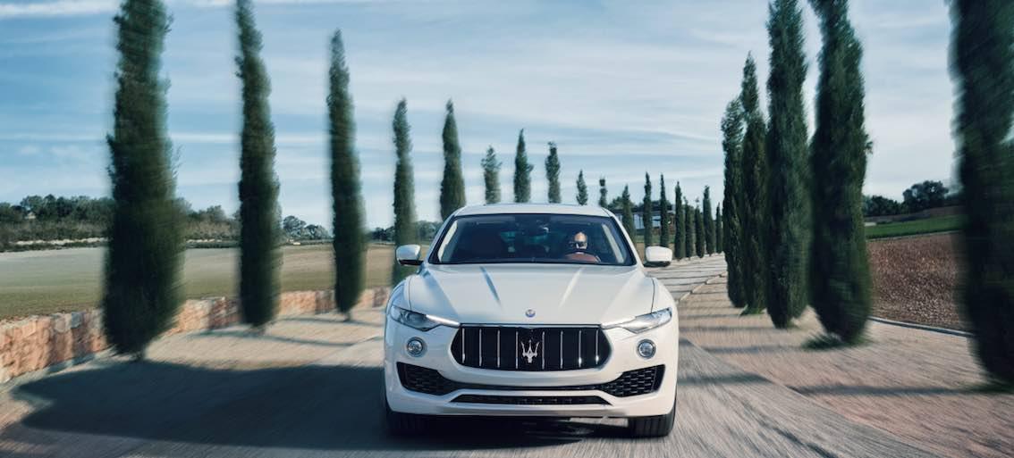 Maserati Levante Weinberge
