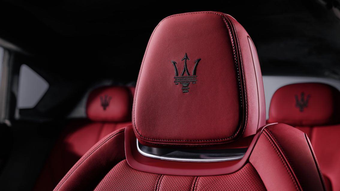 Maserati levante Kopfstützen
