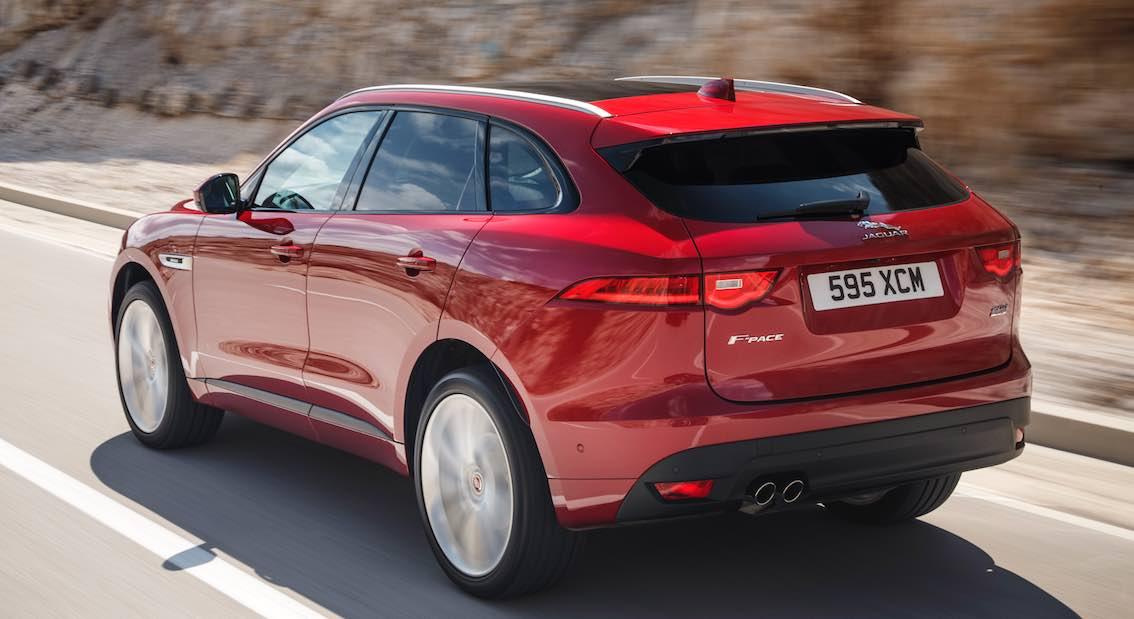 Jaguar F-Pace Rot hinten