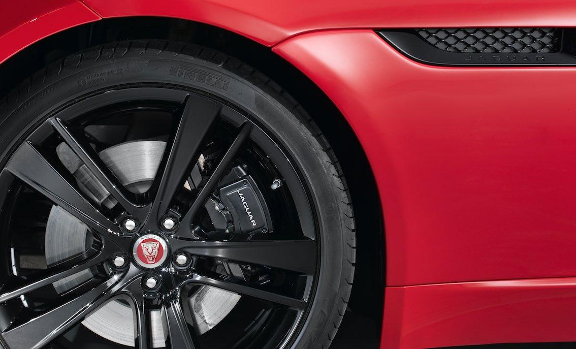 Bremssattel in schwarz Jaguar lackieren