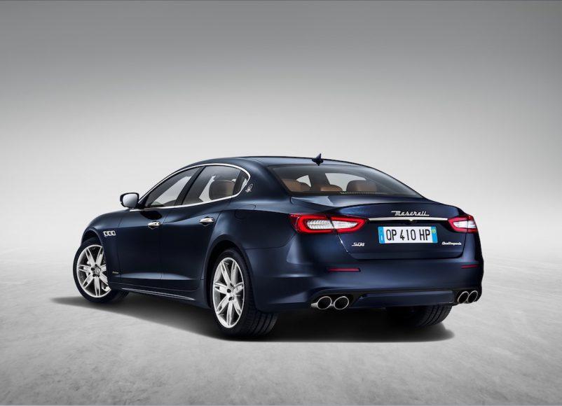 Maserati Quattroporte 2017 blau