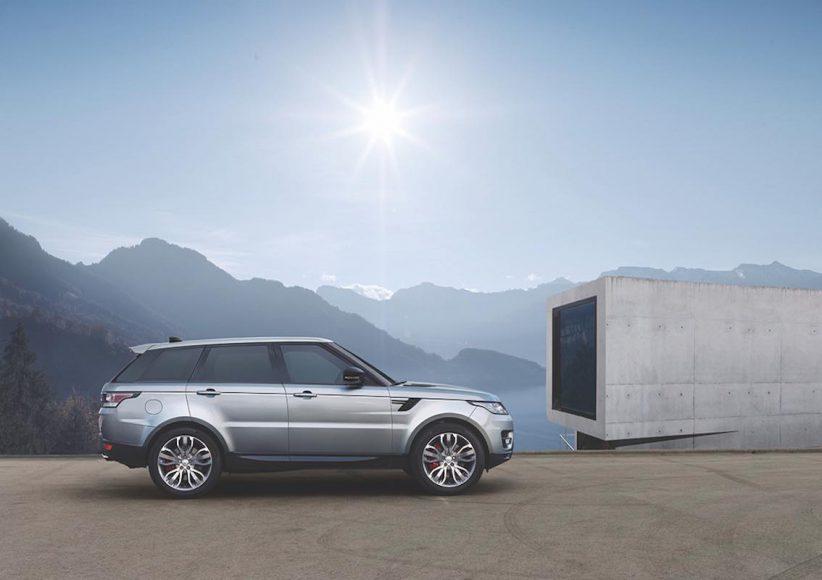 Range Rover Sport 2017 seitlich Haus