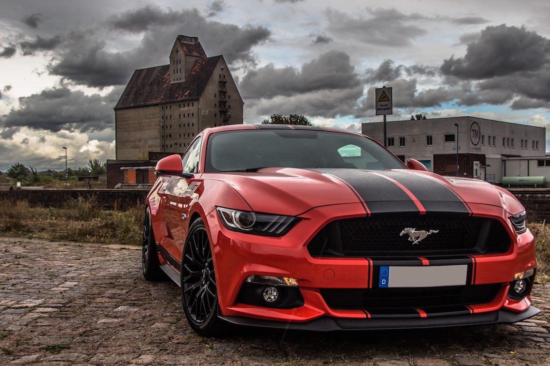 Ford Mustang 2016 In Rot Fotografiert Von Sebastian Gauck