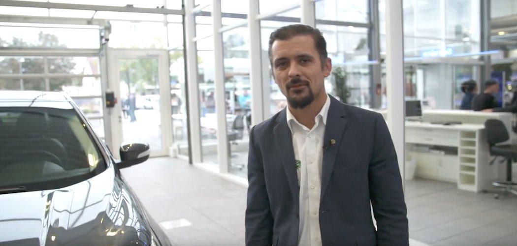 Video des neuen ford edge 2017 interieur und exterieur for Interieur und exterieur