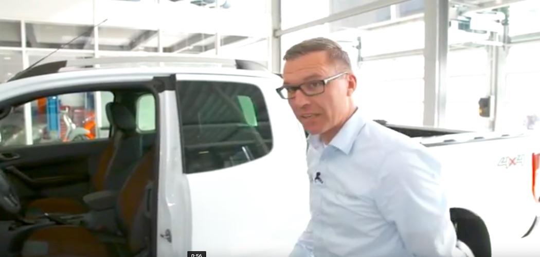 Ford ranger 2017 pick up im video interieur und for Interieur und exterieur