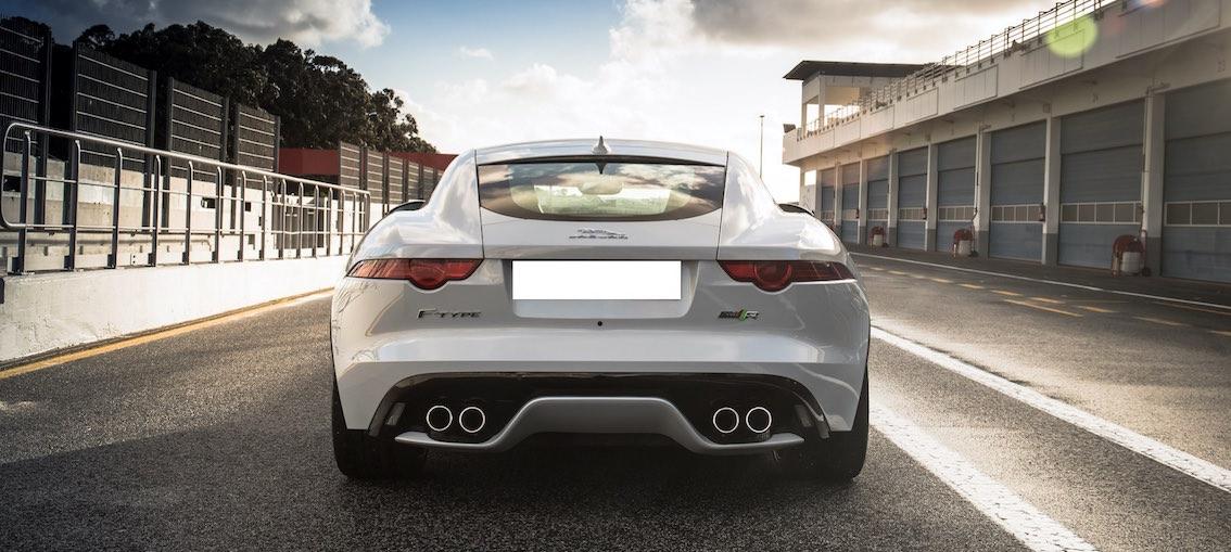 Jaguar F-Type 2017 weiss
