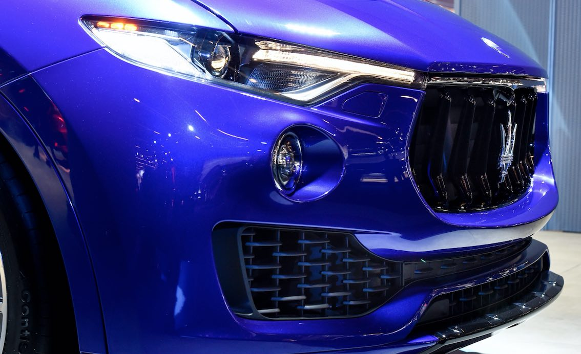 Maserati Levante 2018 Blau Kühler