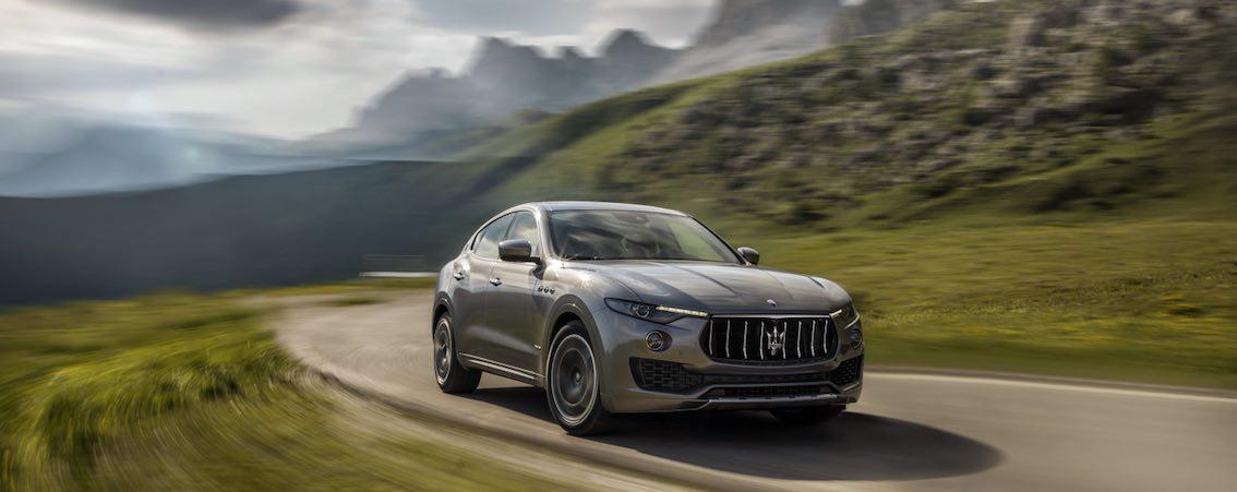 Maserati Levante GranSport 2018 seitlich Grau