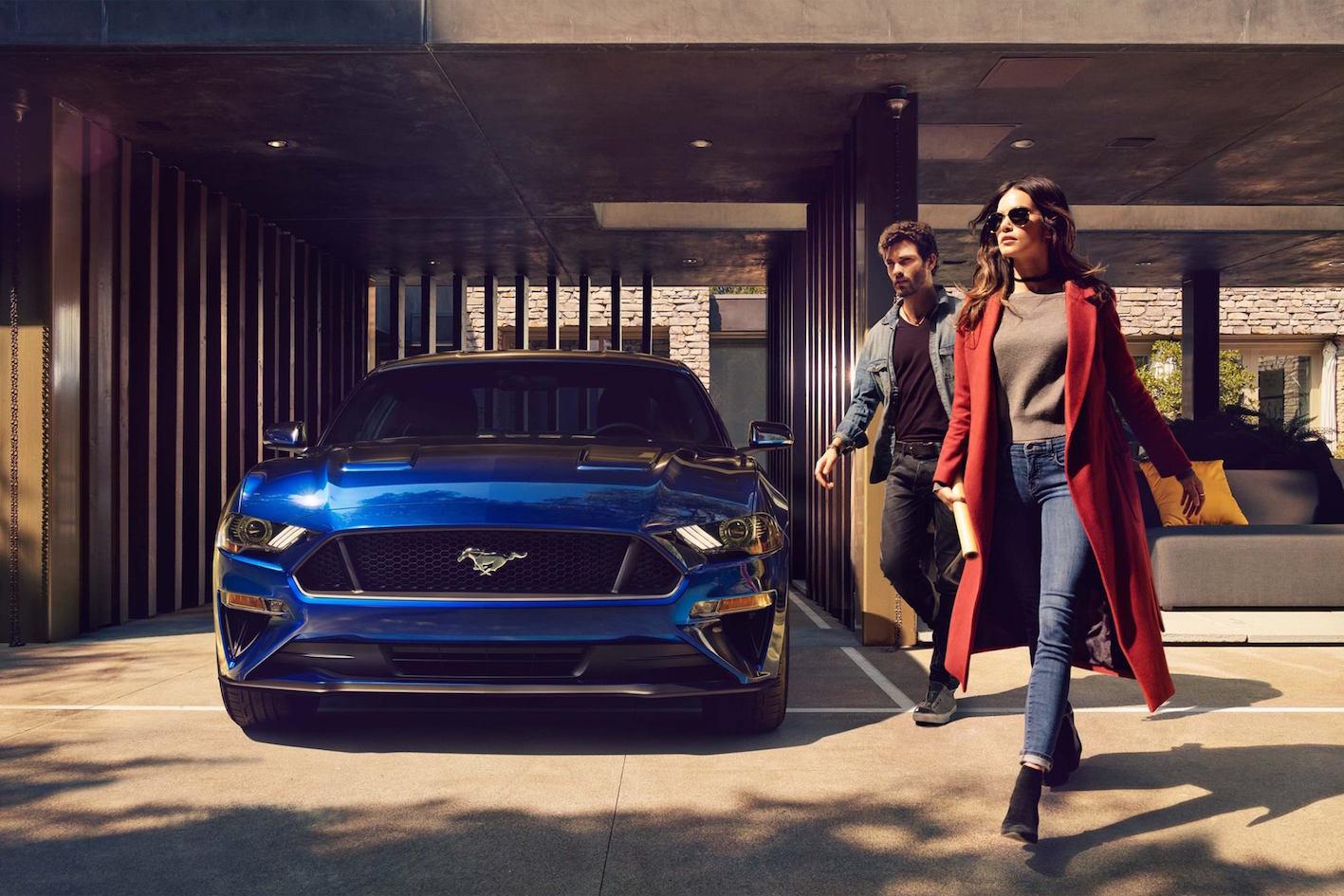 Ford Mustang 2018 Blau Vorne