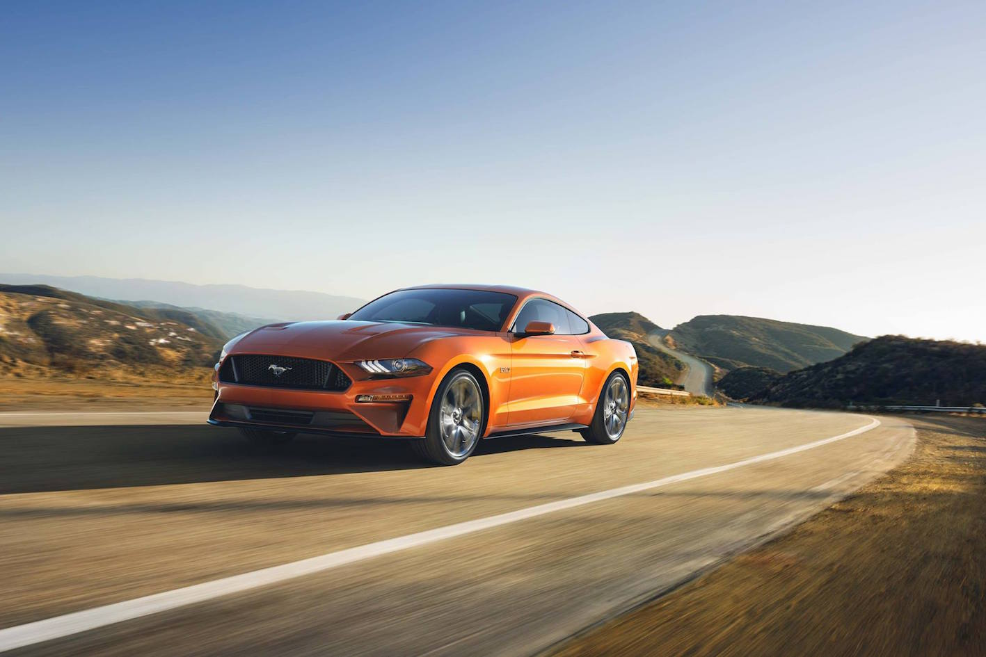 Ford Mustang 2018 orange Seite