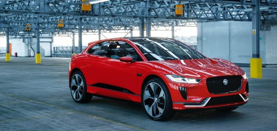 Jaguar I-pace Elektrowagen rot