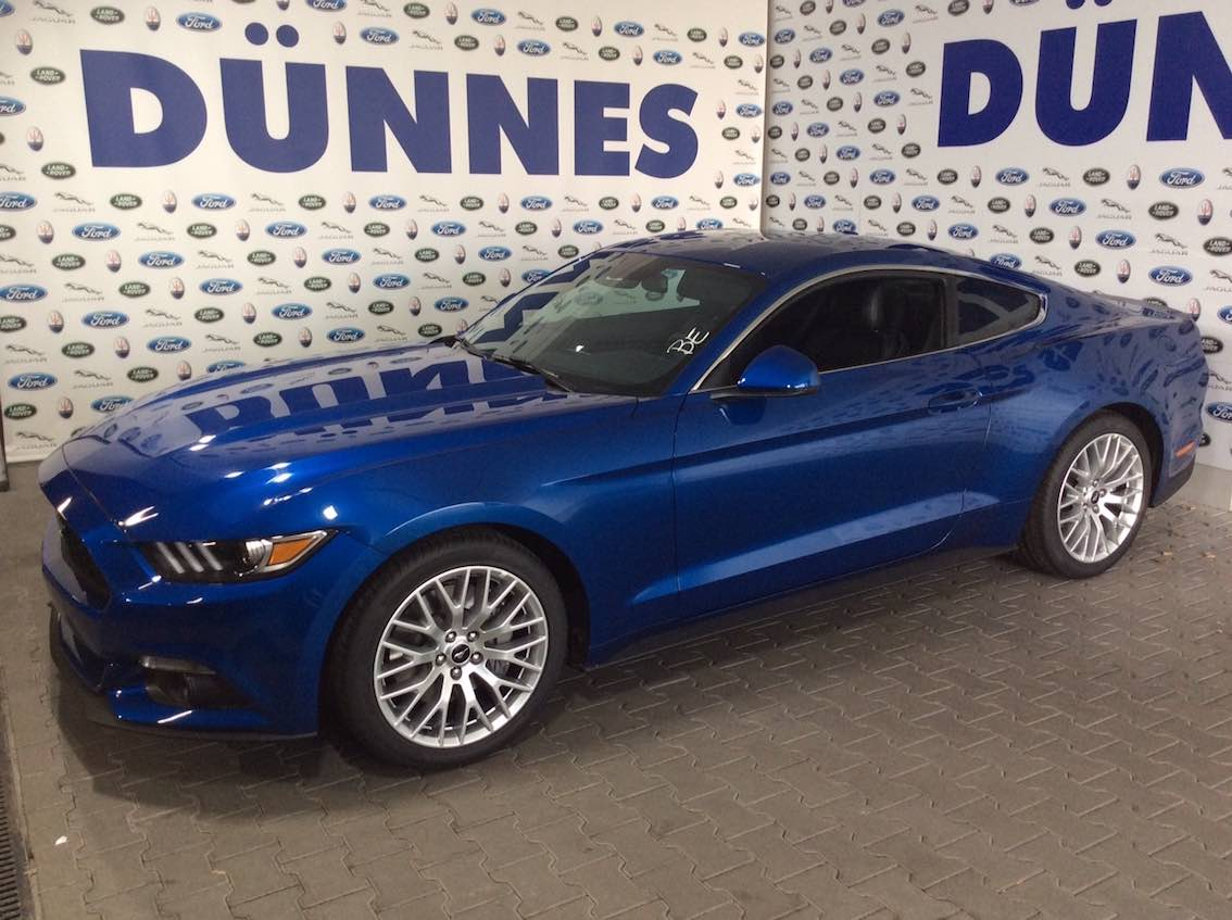 Ford Mustang 2.3 Liter Blau